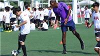 Hơn 1000 em nhỏ Thủ đô háo hức tham gia 'Ngày hội chân sút nhí' cùng HLV đến từ Tottenham Hotspur