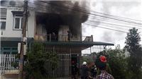 Cháy nhà giữa khu dân cư, may mắn 2 thiếu niên kịp thoát ra ngoài