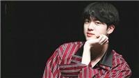 Jin BTS tiếp tục 'gây bão' toàn thế giới với ngoại hình đỉnh cao tại 'The Late Late Show'