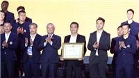 CLB Hà Nội nhận Huân chương Lao động hạng Ba