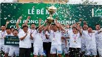 FC Mobifone đăng quang giải hạng Nhì 'phủi'