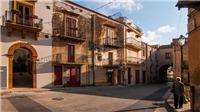 VIDEO: Thị trấn ở Ý bán nhà với giá 1 euro