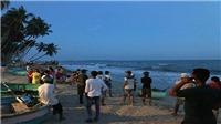 Bình Thuận: Bảy du khách bị sóng cuốn trôi, bốn người mất tích