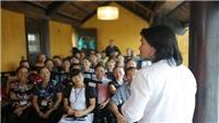 Đạo diễn Hoàng Nhật Nam bất ngờ nộp lại đơn kiện đạo diễn Việt Tú sau thời gian rút đơn