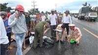 Xe máy tông trực diện xe tải, 2 người chết, một người bị thương