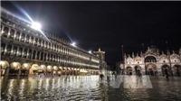 Thủy triều liên tục dâng cao nhấn chìm thành phố Venice, Italy