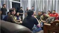 VIDEO Tỷ phú Elon Musk vào hang cùng đội giải cứu đội bóng Thái Lan