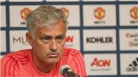 Mourinho gây áp lực với Klopp: 'Mua sắm nhiều thế thì phải vô địch đấy'