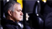 CHUYỂN NHƯỢNG M.U 17/12: Ra giá cho Rakitic. Chốt trung vệ sẽ đến Old Trafford. Họp khẩn sa thải Mourinho?