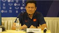 HLV Nguyễn Quốc Tuấn: 'U22 Việt Nam không e sợ cầu thủ nhập tịch'