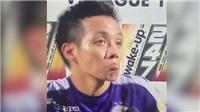 VIDEO: Văn Quyết hoảng hốt vì pháo sáng bay qua đầu khi trả lời phỏng vấn
