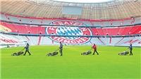 Thánh địa Allianz Arena của Bayern Munich 'thay áo' trước ngày Bundesliga khởi tranh