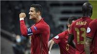 Ronaldo lập cú đúp 'siêu phẩm', phá vỡ cột mốc vĩ đại của bóng đá thế giới