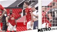 MU: Maguire và Rashford tranh cãi ngay trên sân vì thẻ vàng của Lamela