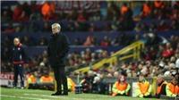 M.U bị loại bởi Sevilla: Mourinho đã sai lầm ở đâu?