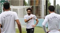 Đến áo bib còn không tự mặc được, cơ hội nào để Salah ra sân trước Nga?