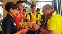 U23 Việt Nam nhận quà 'đặc biệt' từ quê nhà