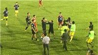 Trọng tài tiếp tục 'gây bão' ở trận HAGL-Hà Nội FC