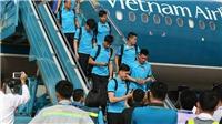 Thầy trò HLV Park rạng rỡ trong ngày trở về Việt Nam