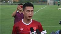 Tiền vệ tuyển Việt Nam cảnh báo đồng đội trước tái đấu Philippines