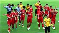 Tuyển Việt Nam trở lại tập luyện, HLV Park nổi nóng với học trò