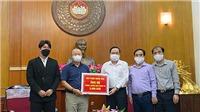 Bóng đá Việt Nam hôm nay: HLV Park chung tay ủng hộ 100000 USD chống dịch Covid-19