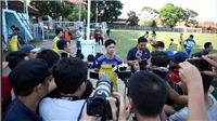 Bóng đá Việt Nam ngày 16/10: Tuyển Việt Nam về nước, HLV Park lộ lý do không dùng Công Phượng