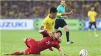 Bóng đá Việt Nam hôm nay: Đình Trọng phải phẫu thuật và chưa hẹn ngày trở lại