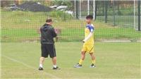 Quang Hải chấn thương, cơ hội ra sân của Công Phượng tại Incheon bị đe dọa