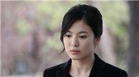 Song Hye Kyo từng bị người thân thiết tống tiền và đe dọa tạt a-xít