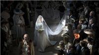 Xúc động trước hình bóng của cố Công nương Diana trong đám cưới con trai