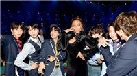 Phản ứng đáng yêu của BTS khi bị fan nữ dọa 'sợ mất mật'