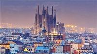 Nhà thờ Sagrada Familia của Barcelona cuối cùng cũng được cấp phép xây dựng sau… 137 năm