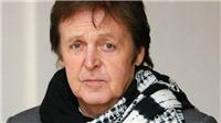 Paul McCartney nhớ lại chuyện The Beatles từ chối biểu diễn cho một nhóm đặc quyền