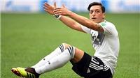 Mesut Oezil từ giã tuyển Đức: 'Khi chiến thắng, tôi là người Đức, khi thua trận, tôi là gã nhập cư'