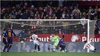 VIDEO Sevilla 2-0 Barcelona: Boateng ra mắt thảm hại, sao Cardiff mất tích được tri ân