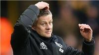 """Ole Solskjaer trách MU đá với Watford như một trận đấu """"tri ân"""""""