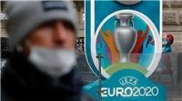 EURO 2020 chính thức bị lùi lại 1 năm: Những rắc rối phát sinh