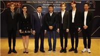 'Ông chủ' của SNSD, Super Junior, EXO... hợp tác cùng gia đình chồng Hà Tăng