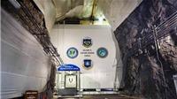VIDEO Cận cảnh căn cứ tối mật, chống hạt nhân quân đội Mỹ xây sâu trong lòng núi