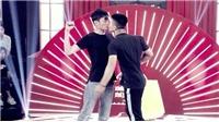 Tập 1 'Thách thức danh hài': 'Khóa môi' bạo trên sân khấu, cặp nam sinh 'ẵm trọn' 100 triệu