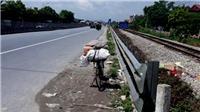 Mẹ Châu Việt Cường bị tàu tông tử vong khi đi nhặt ve chai