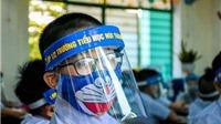 Thứ trưởng Bộ GD&ĐT Nguyễn Hữu Độ: Học sinh đeo mũ chắn là quy định của các địa phương