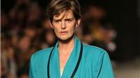 Vĩnh biệt siêu mẫu Stella Tennant, biểu tượng thời trang của nước Anh