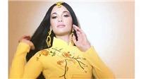 VIDEO: Mặc áo dài Việt theo cách chẳng giống ai, Kacey Musgraves khiến fan tranh cãi gay gắt