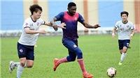 Ngoại binh V.League 'bắt cá hai tay' bị cấm thi đấu 1 năm, trọng tài bẻ còi tại giải U19 quốc gia
