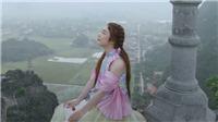 Tân binh làng nhạc chào sân với MV 'Chàng trai sơ mi hồng'