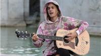 VIDEO: Justin Bieber... hát rong 'kiếm cơm' giữa đường phố London