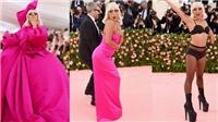 MET Gala 2019: Lady Gaga cởi 3 lớp đồ ngay trên thảm đỏ, lọt top thảm họa thời trang