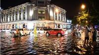 Bão số 6 - Siêu bão Mangkhut sắp vào: Hà Nội mưa to và dông, lũ sông Hồng dâng cao